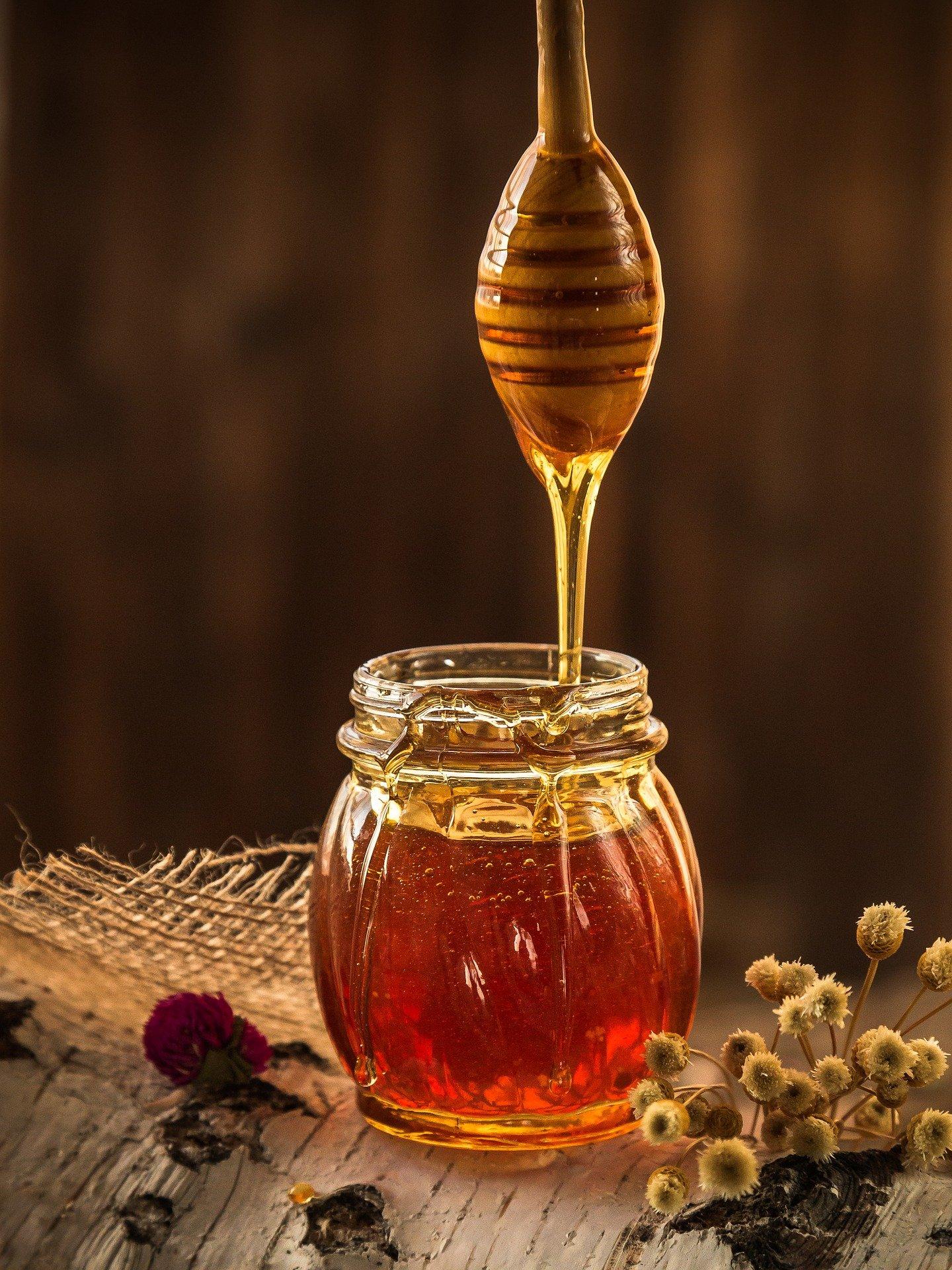 Le miel, l'or de la ruche.